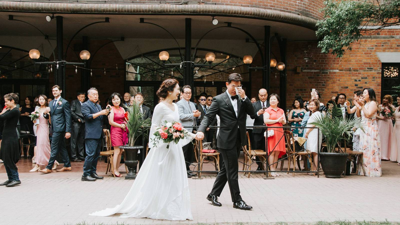 outdoor wedding ceremony downtown toronto east