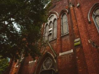 Outdoor berkeley church downtown toronto event space